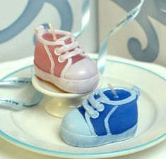 ea13bea7e1c45 Source Baby Shower Blue Pink Bootie Sneaker Design Candle on m.alibaba.com