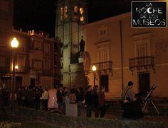 Obsevación astronómica (13 mayo 2016) en la #nochedelosmuseos en #Orihuela #mudic_ciencia #Luna #Júpiter #Iridium #Marte #Saturno