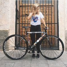 thebicycletree:  @steff.gutovska all set up with a fresh #aarn...