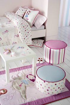 Decoración habitación de niña en colores rosas. #Scenesdecoración…