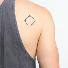 High quality fashionable temporary tattoos that look real by tattify.com.Quantity: 2 in a SetIncludes tattoo application instructionsLasts anywhere from 1- 5 days and so easy to apply-- just add water.Free Shipping Worldwide - ships within 24- 48 hours of placing your order!