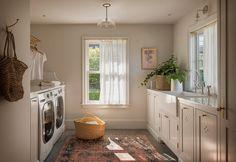 Home Interior, Interior Decorating, Interior Design, Interior Colors, Interior Plants, Interior Ideas, 1920s House, Island With Seating, Mediterranean Decor