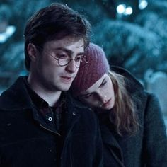 I always thought Harry and Hermione should've ended up together...