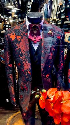 Suit Fashion, Red Fashion, African Wear Styles For Men, Stylish Mens Outfits, Formal Suits, Designer Clothes For Men, Mens Clothing Styles, Wedding Suits, Aesthetic Clothes