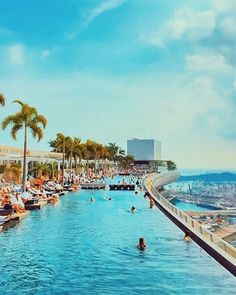 DIMAG | Marina Bay Sands Rooftop Pool & Skydeck, Singapore