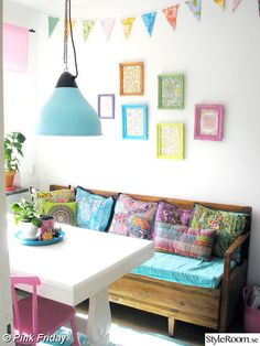 modern boho dining area...I love how happy and colorful this is :)