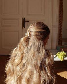 Hair Inspo, Hair Inspiration, Aesthetic Hair, Dream Hair, Hair Dos, Pretty Hairstyles, Teen Hairstyles, Straight Hairstyles, Her Hair