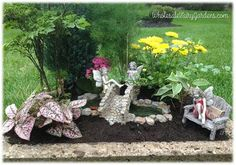 Such a sweet fairy garden, love it!