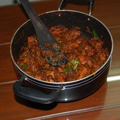 Chicken Tomato Roast ( Without coconut - Kerala Style) Roast Recipes, Veg Recipes, Curry Recipes, Slow Cooker Recipes, Indian Food Recipes, Chicken Recipes, Indian Foods, Indian Chicken Dishes, Recipes