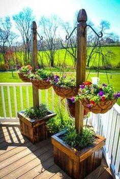 Adorable DIY Hanging Planter Ideas To Beautify Your Home Creative Hanging planters(Diy Garden Planters) - Sincere Gardening Diy Garden, Garden Planters, Garden Projects, Garden Art, Outdoor Planters, Flower Planters, Garden Pallet, Cement Planters, Flower Gardening