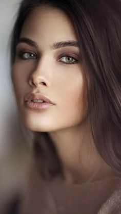 Most Beautiful Eyes, Gorgeous Women, Girl Face, Woman Face, Beauty Full Girl, Beauty Women, Belle Silhouette, Stunning Brunette, Beauty Shoot