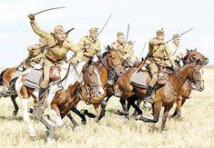 """W niedzielę, 25 sierpnia 2015r, w Wolicy Śniatyckiej odbędą się obchody 95. rocznicy bitwy stoczonej pod Komarowem w czasie wojny polsko-bolszewickiej 1920 roku. Zwycięska bitwa, w której polska kawaleria rozgromiła Armię Konną Budionnego, rozegrała się 31 sierpnia. Była to ostatnia wielka bitwa kawaleryjska w Europie. Tę datę upamiętnia Święto Kawalerii Polskiej, ustanowione w 2010 r. z inicjatywy stowarzyszenia """"Bitwa pod Komarowem""""."""