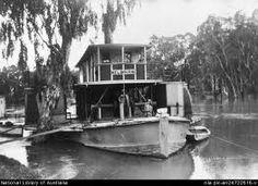 A working steamer