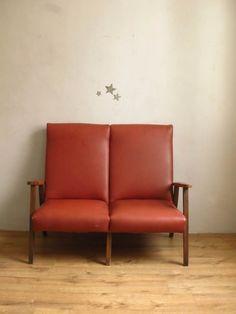 L' élégant fauteuil à double assise