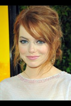 I love Emma stones hair and makeup!