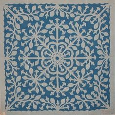I can only imagine the work in this Hawaiian applique quilt! I plan on learning how to make this quilt for when my daughters get married. Two Color Quilts, Blue Quilts, White Quilts, Antique Quilts, Vintage Quilts, Vintage Sewing, Applique Designs, Quilting Designs, Quilting Tips