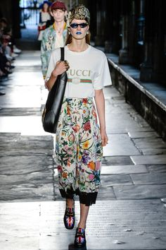 Gucci Resort 2017 Fashion Show