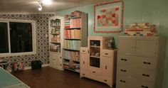 Annie's Fan Kristine Chyplyk's Craft Studio. Fill your craft space with creative inspiration from www.AnniesCatalog.com.