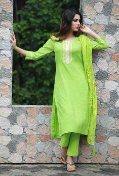 Green Festive Gota Kurta with Pants and Dupatta Cotton Salwar Kameez, Kurta With Pants, Salwar Designs, Beautiful Suit, Cotton Suit, Anarkali Dress, Punjabi Suits, Salwar Suits, Girl Poses