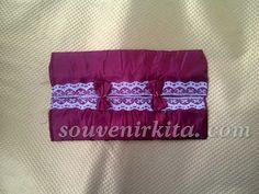 Souvenir Pernikahan Murah: Cover Tissue Saten Renda