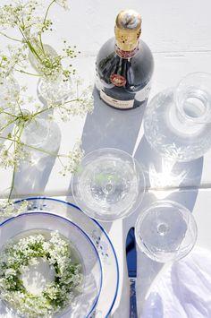 Bratte bakka og grøne lier: ...fjørlett...