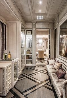 Luxury: Modern Neoclassical Interior Design - Neoclassical And Art Deco Features In Two Luxurious Interiors Best Home Interior Design, Classic Interior, Luxury Homes Interior, Luxury Home Decor, Interior Decorating, Art Deco Interior Bedroom, Interior Architecture, Arte Art Deco, Art Deco Home