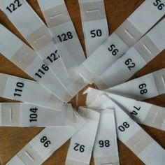 Wit polyester doek nummer grootte label baby 50 56 62 68 74 80 86 92 98 104 110 116 122 128
