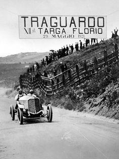 Targa Florio:  http://www.autorevue.at/porsche/targa-florio-vergessene-rennstrecke-in-sizilien.html