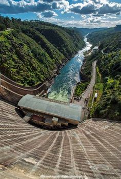 Castelo de Bode dam, Ribatejo - PortugalThis is a fantastic photo of the Zezere, which meets the Tagus in Constancia http://constancia.net/website/42/index.htm