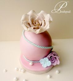 Rose Sphere Mini Cake