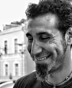 Serj Tankian.