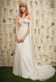 Sweetheart with empire waist chiffon wedding dress