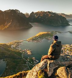 13 ridiculously gorgeous pictures of Norway - From mountain landscapes to the midnight sun, photographer George Turner shares a selection of his best pictures of Norway.    Norway, no matter the season, is an absolute dream for photographers. Whether you're standing under the dazzling northern …