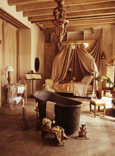 vintage romantic bathroom