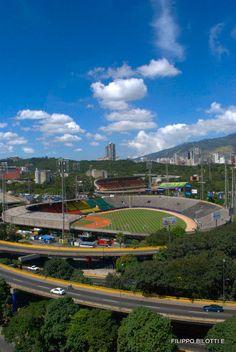 Estadios.Beisbol y futbol,Caracas,Venezuela.   Repinned by @gustavocondecab