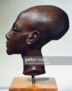 Stock Photo : Head of princess, quartzite statue, from Tell el-Amarnah, Egyptian Civilization, New Kingdom, Dynasty XVIII