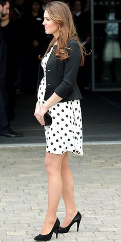 How to Dress Your Baby Bump - Pregnancy Style - Estilo Premamá - So cute! Kate's pregnancy style.