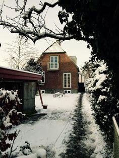 Huset set fra øst - Selsøvej 21... vinter 2014/15