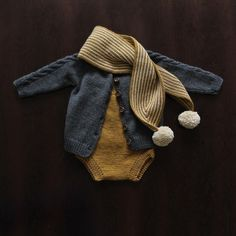 Most current Images knitting scarf baby Concepts Baby Outfit Herbst Kleidung stricken Strampler Strick Schal Baby Stil ootd flach Stil Fashion Kids, Baby Girl Fashion, Toddler Fashion, Fashion Outfits, Retro Mode, Autumn Clothes, Fall Baby Clothes, Summer Clothes, Knitted Romper