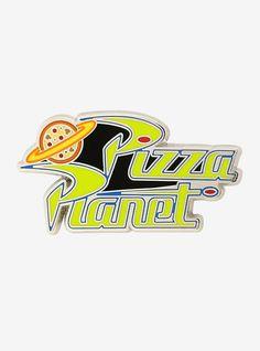 Disney Pixar Toy Story Pizza Planet Logo Enamel Pin - BoxLunch Exclusive - The Trend Disney Cartoon 2019 Pizza Planet, Disney Pixar Up, Disney Pins, Disneyland Pins, Disney Logo, Disney Belle, Disney Stuff, Toy Story, Toys Logo