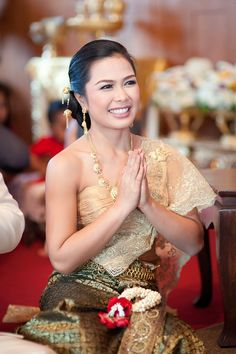 Pin for Later: 19 Stunning Wedding Dresses From Around the World Thailand During a wedding ceremony in Thailand, brides dress themselves in traditional Thai costumes based on one of six distinct periods of Thai history.