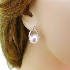 Bridal Pearl Earrings Teardrop Earrings by AllYourJewelry on Etsy