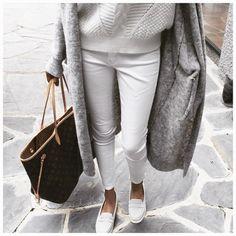 Photo (Mademoiselle Vuitton)