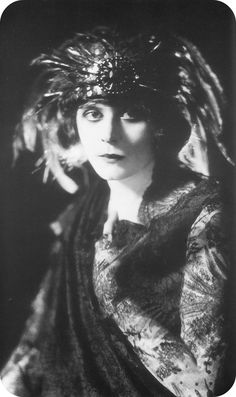 awesome Theda Bara (Vintage Photography)   Fashion in Film and Media Check more at http://kinoman.top/pin/22599/
