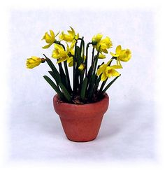 DYI DOLLHOUSE MINIATURES - Daffodil tutorial from Joann Swanson