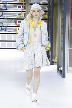 Chanel Ready To Wear Spring Summer 2017 Paris