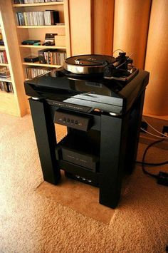 ROCKPORT TECHNOLOGIES Sirius III Turntable System at Mike Lavigne's place.