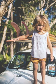 Children of the Tribe Boho Kid Hippy Kid VW Beetle Surf - There's A Whole World Out There Singlet Dead Fish Short