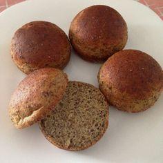 Pãozinho de linhaça e grão-de-bico sem glúten e sem lactose