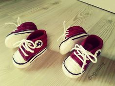 Konvers Baby Shoes Making - Babykleidung Knit Baby Shoes, Crochet Baby Boots, Crochet Sandals, Booties Crochet, Crochet Shoes, Crochet Slippers, Baby Booties, Crochet Fabric, Knit Crochet